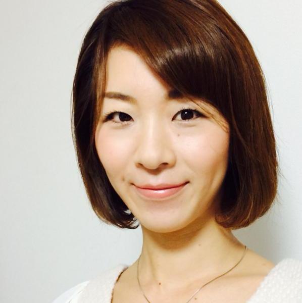 お客さまの声「集客を解決するPLOTフレームワークの感想」 愛知県豊橋市のyouabiヘアメイクアップアーティスト・メイクセラピスト佐野亜衣さんより